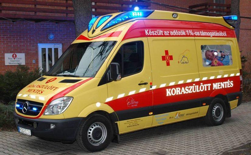 Felhívás! Ha ilyen mentőt látsz szirénázva, mégis 40 km/órával haladva, akkor Erre vigyázz! A Cerny mentő sokszor nem utat és sebességet kér, hanem egészen mást kér az autósoktól!!!! Nagyon fontos, hogy erről mindenki tudjon, mert életet menthet! Osszátok