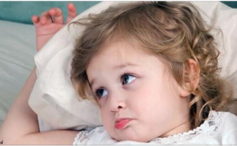 Ezért kér a gyerek minden este inni, mielőtt elalszik! Nem azért teszi, hogy bosszantson…